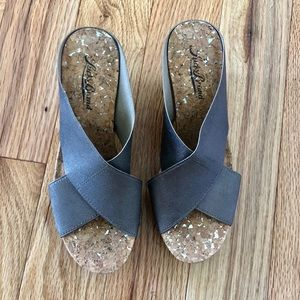 Lucky Brand stretchy strap wedges